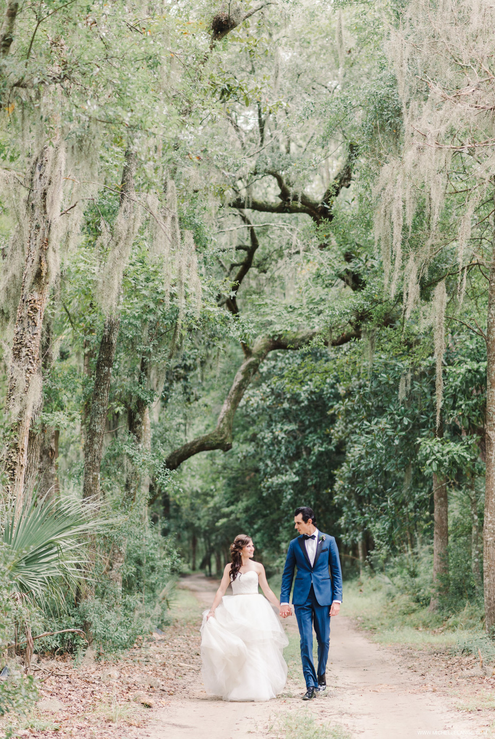 Vera Wang Charleston Runnymede Plantation Wedding