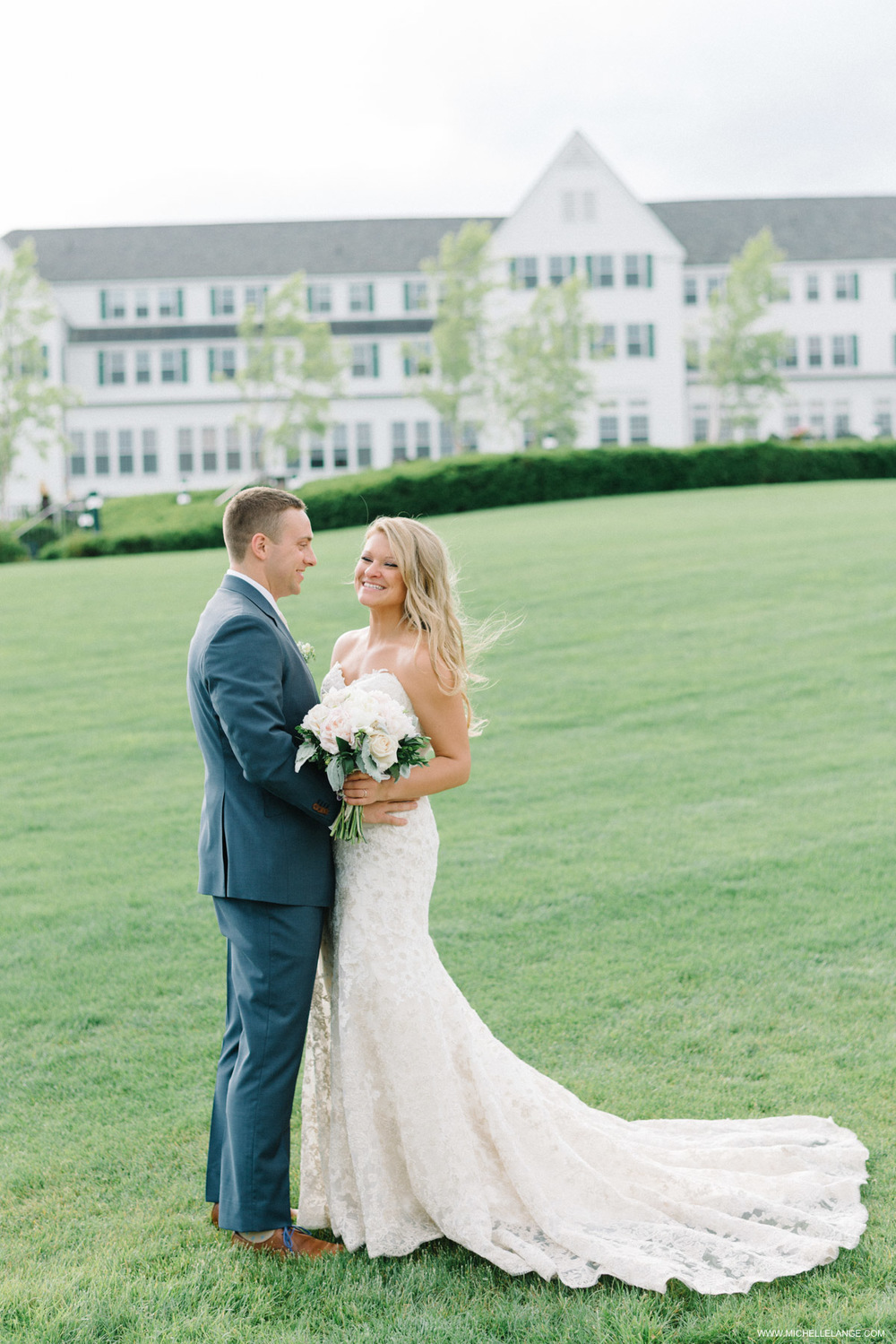 Sagamore Wedding by Michelle Lange Photography-21.jpg