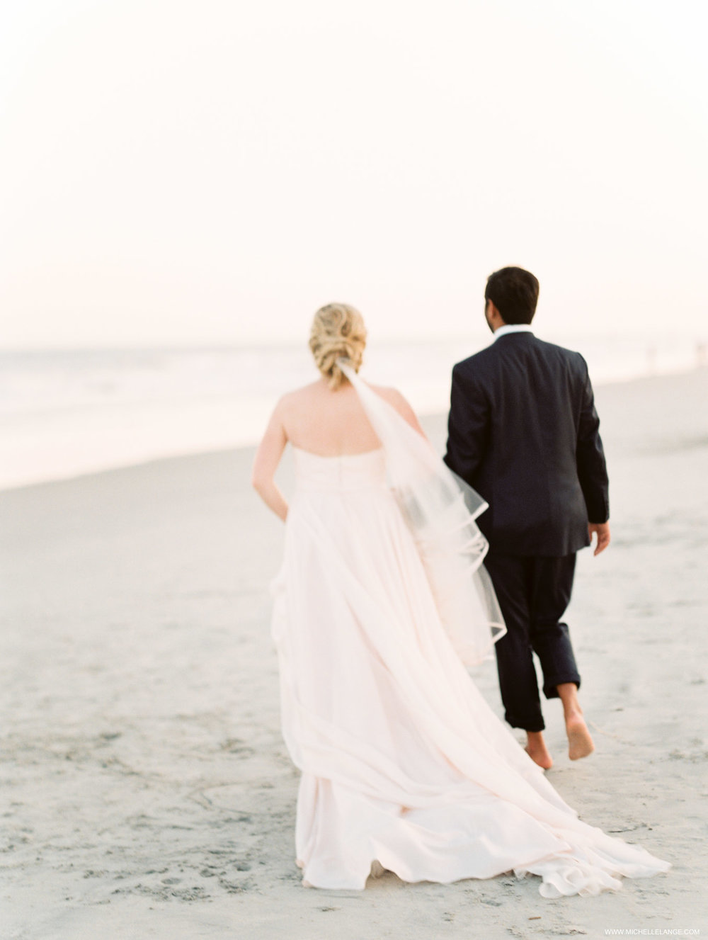 Cape May NJ Wedding Photographer in Hotel Icona Diamond Beach