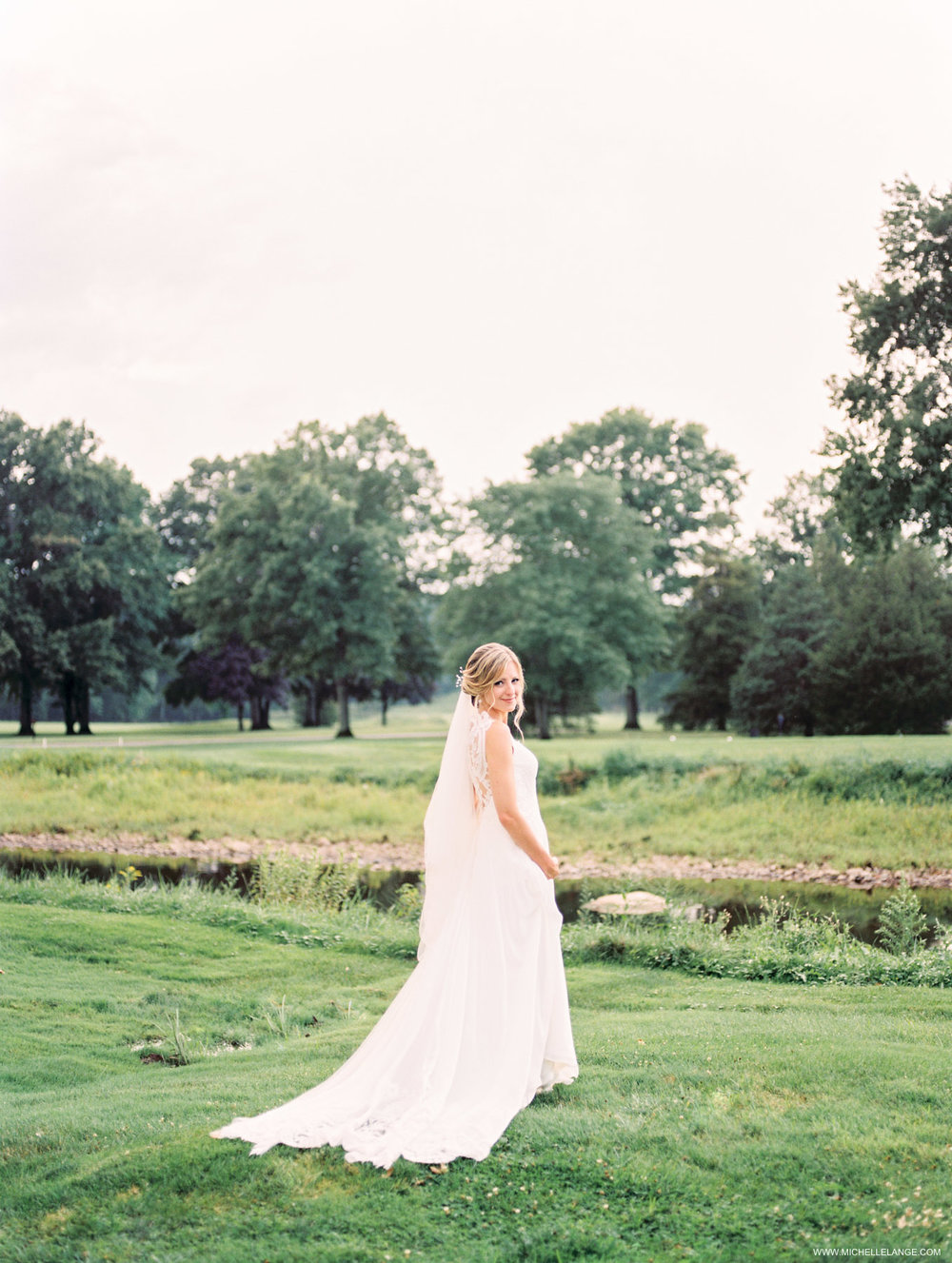 NJ Wedding Photographer at Fiddlers Elbow Country Club in Bedminster, NJ