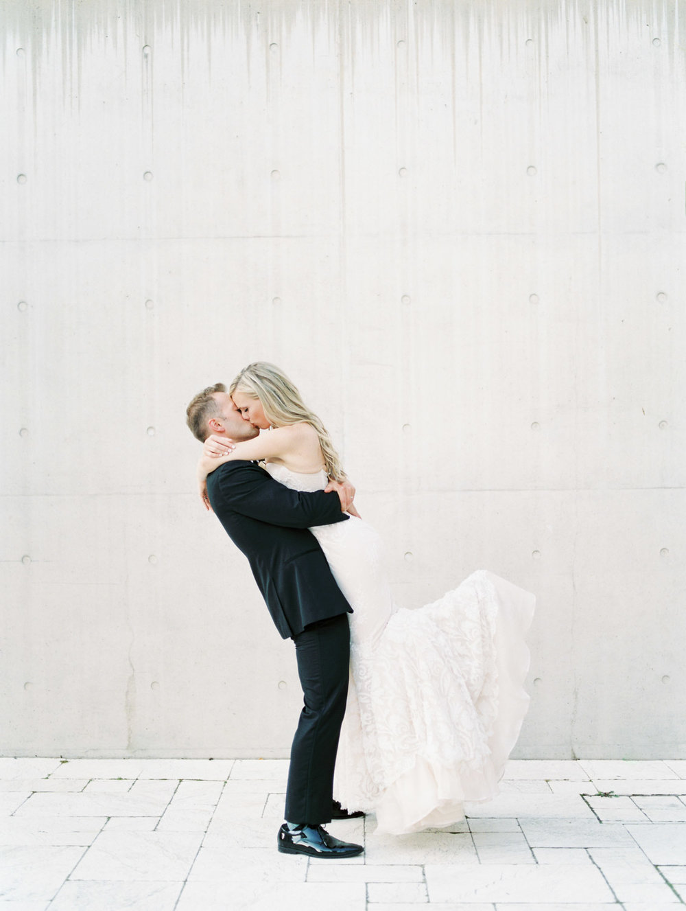 Grand Rapids Art Museum Wedding with Inbal Dror