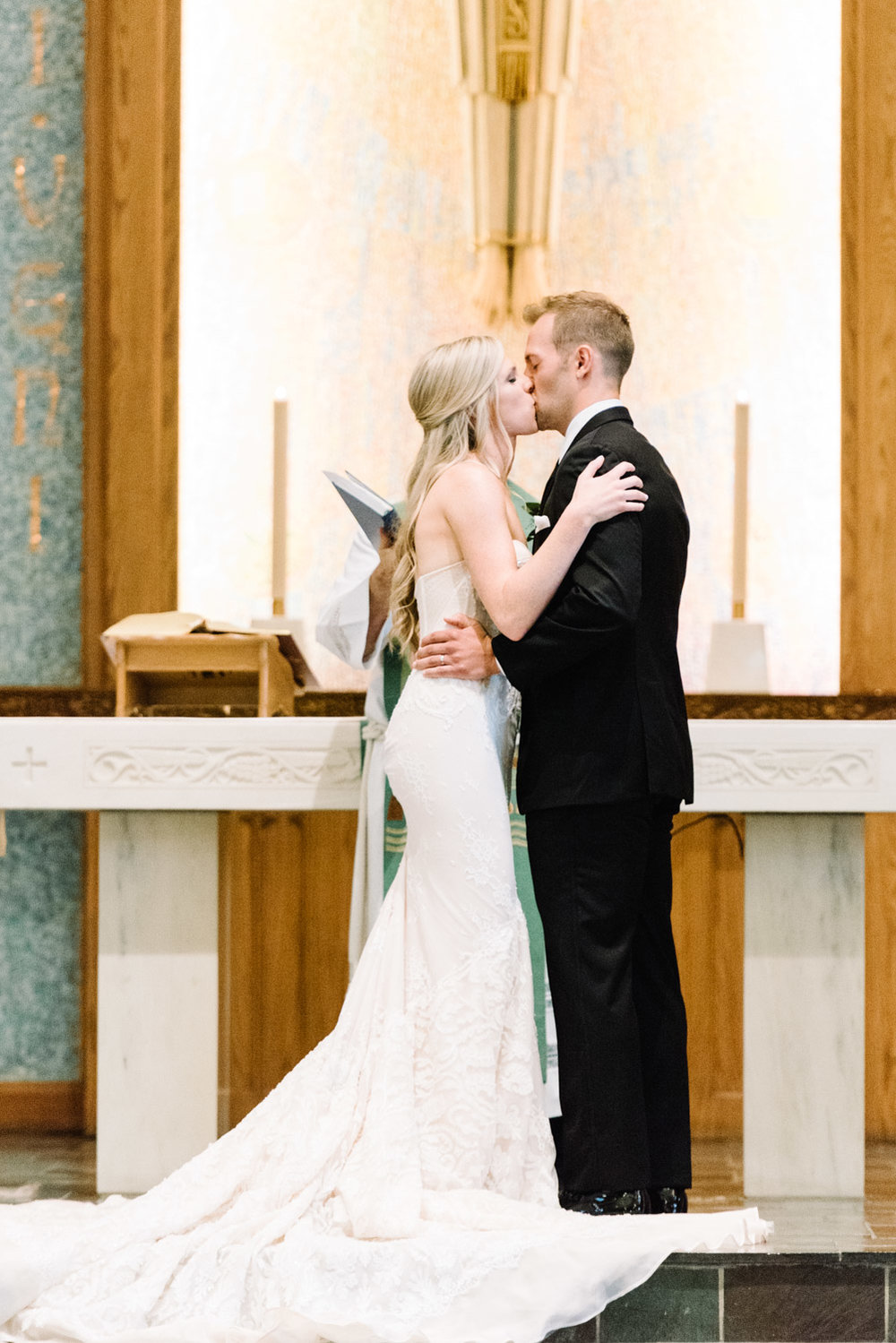 Grand Rapids Michigan Wedding by Michelle Lange Photography-19.jpg