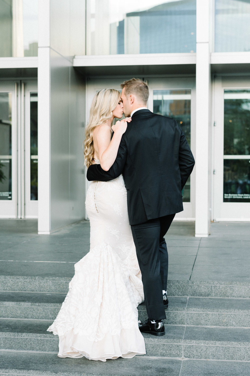 Grand Rapids Michigan Wedding by Michelle Lange Photography-43.jpg