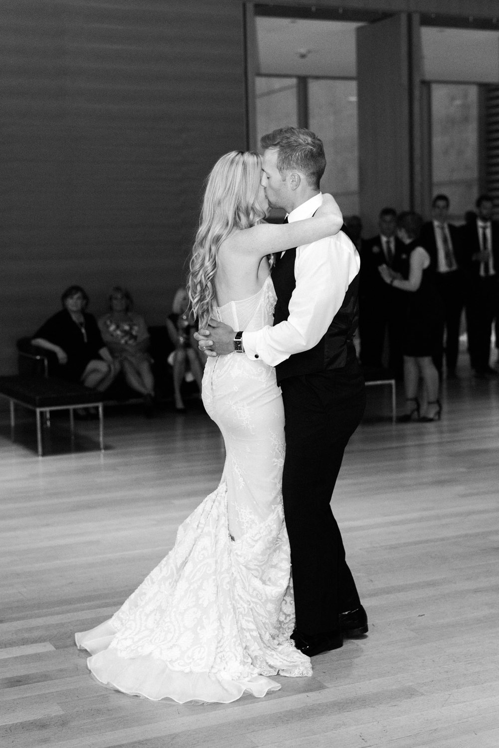 Grand Rapids Michigan Wedding by Michelle Lange Photography-60.jpg