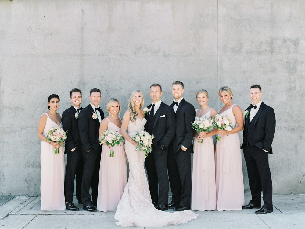 Grand Rapids Michigan Wedding by Michelle Lange Photography-23.jpg