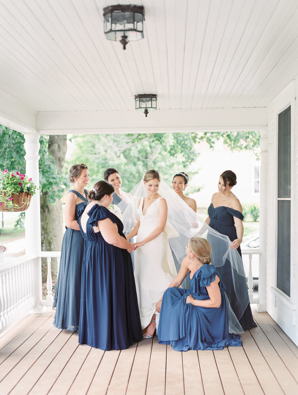 Manchester Vermont Wedding Bridal Party in Shades of Blue