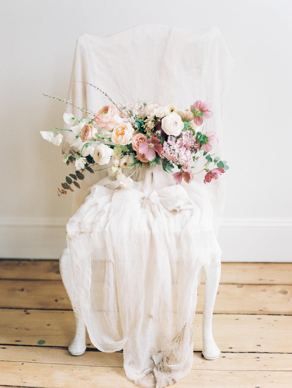 Ava Flora soft palette organic bouquet