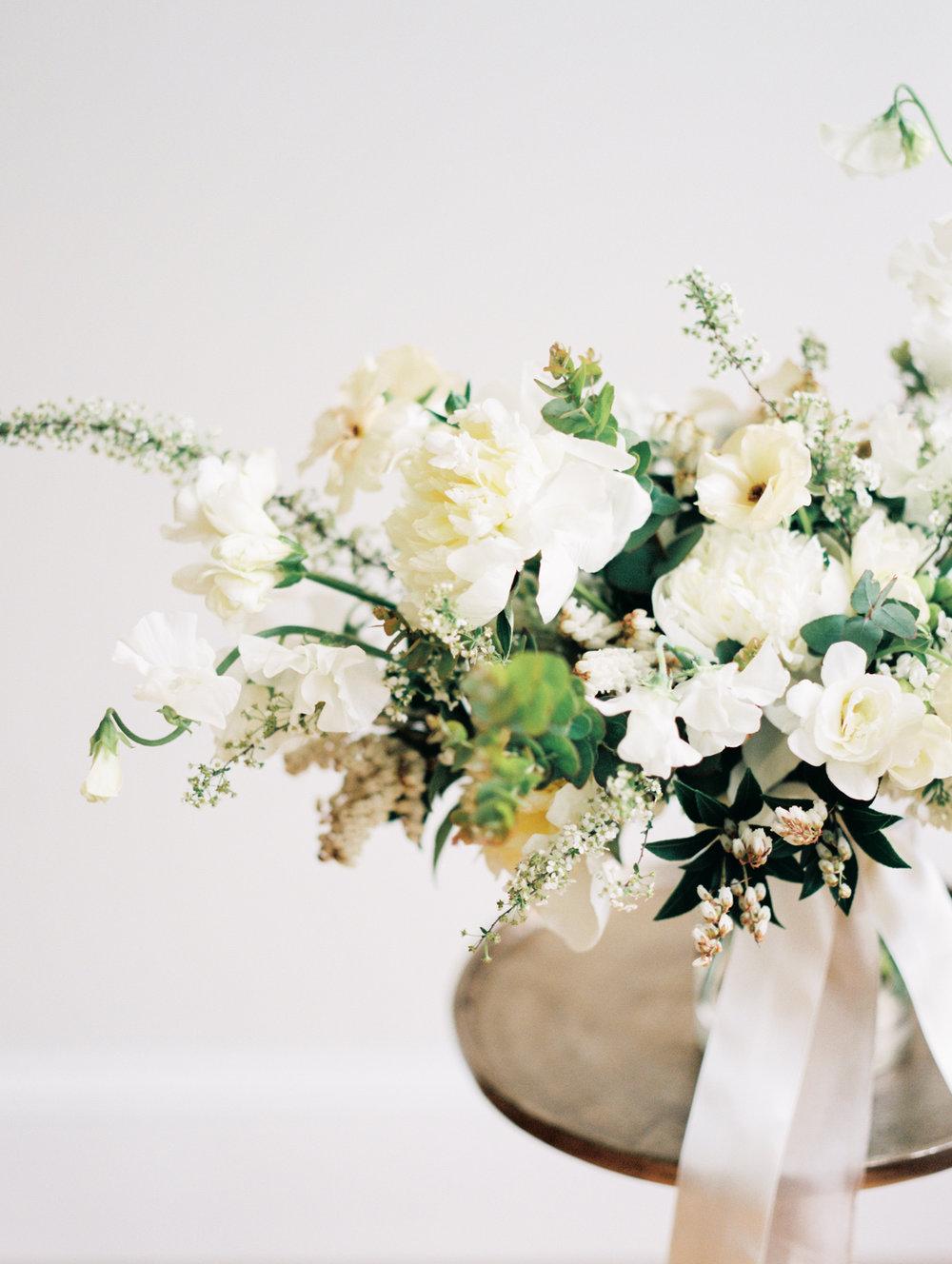 Ava Flora organic bouquet