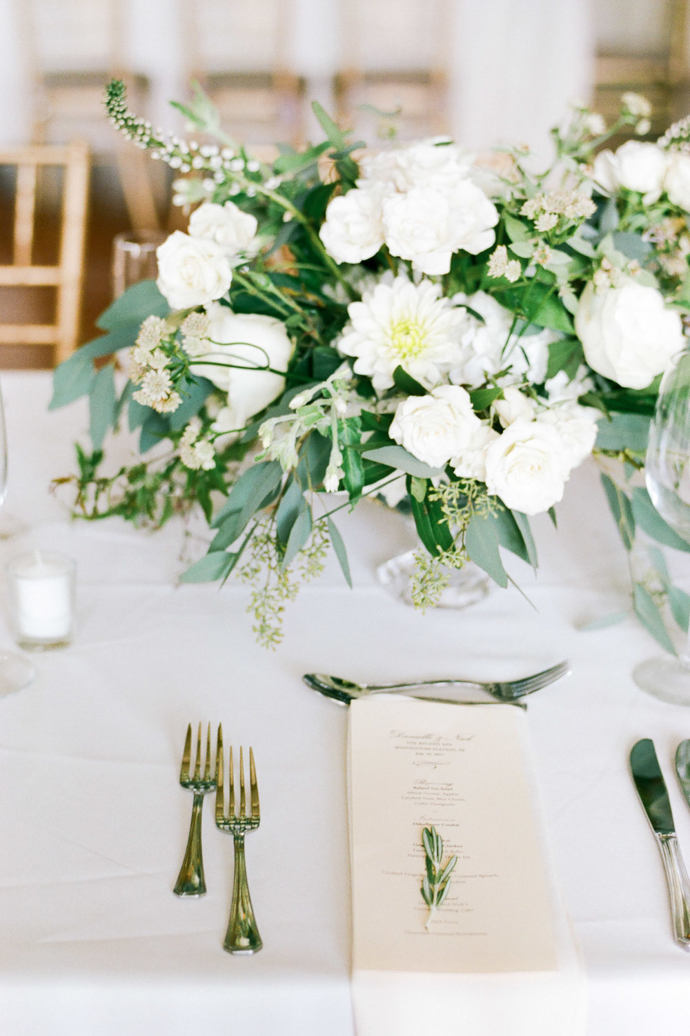 White and green organic tablescape
