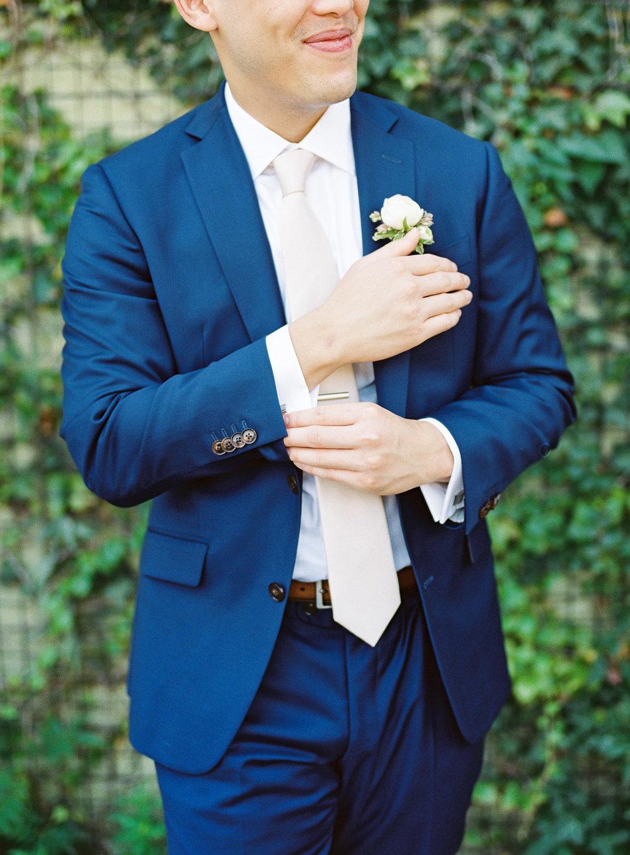 Black Lapel Wedding Suit