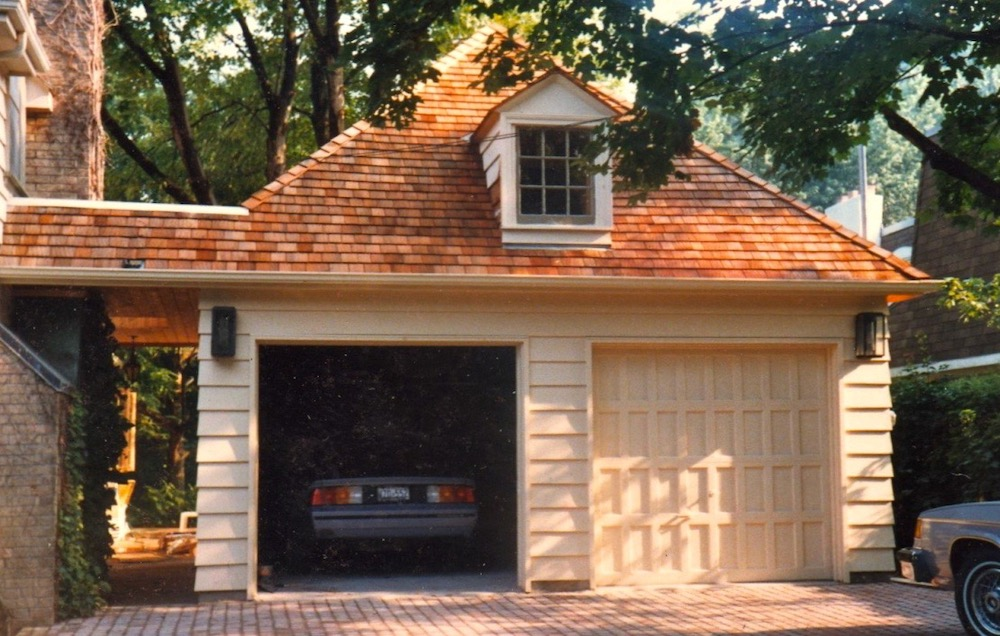 cedar roof 2 car garage.jpeg