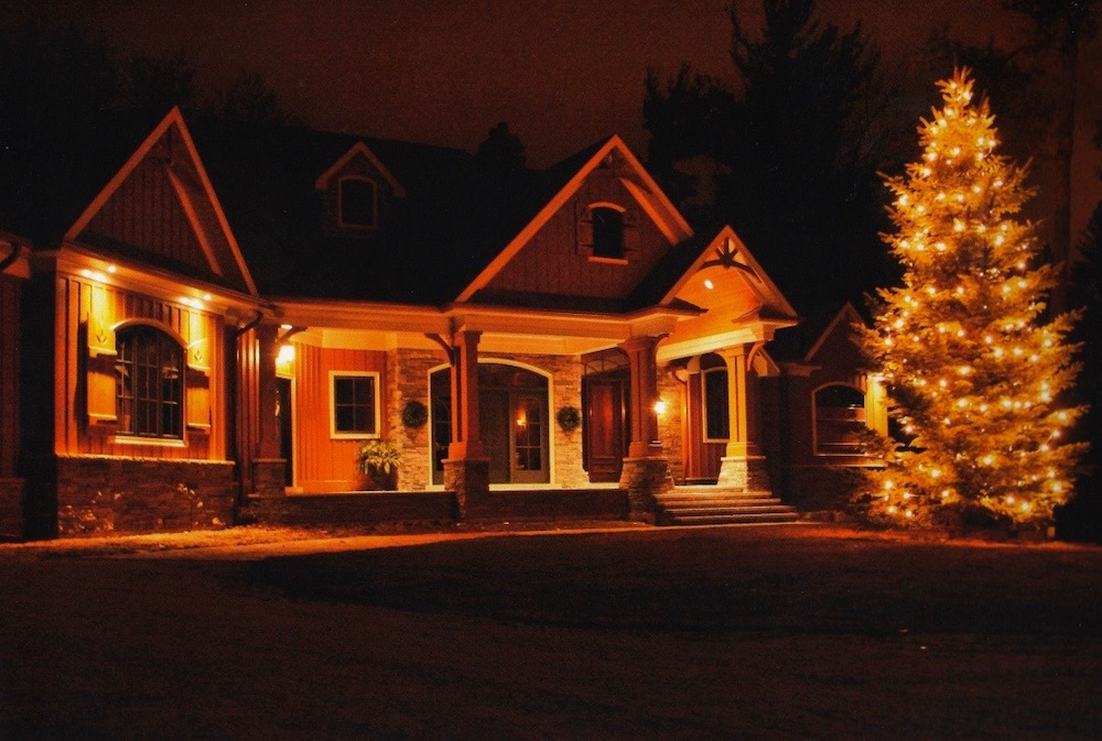 custome home gable christmas tree lights.jpeg