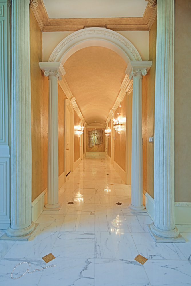 right wing hallway from grand salon.jpg