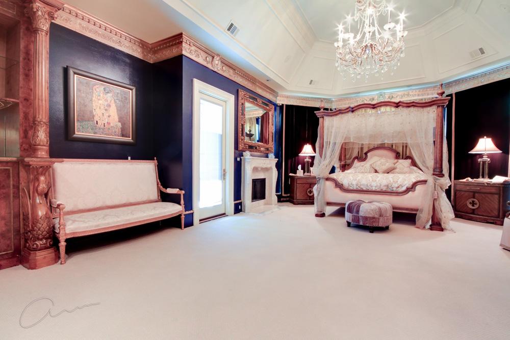 master bedroom and left balcony door.jpg