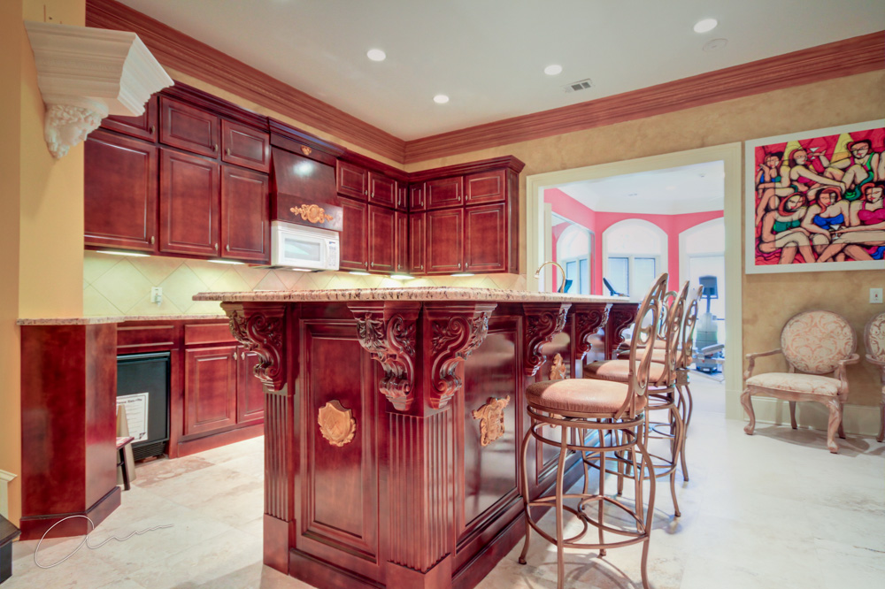 lower level kitchen.jpg
