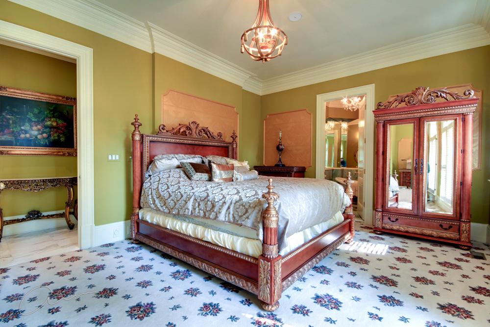 main level guest bedroom.jpg