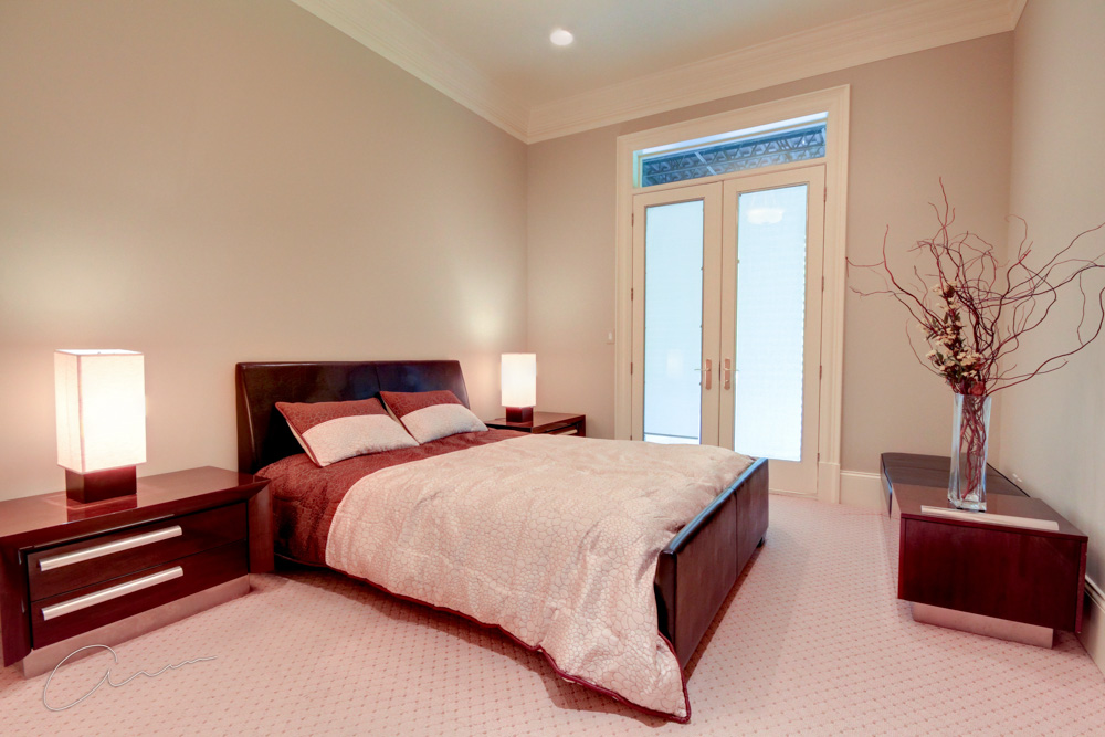 lower level guest bedroom2.jpg