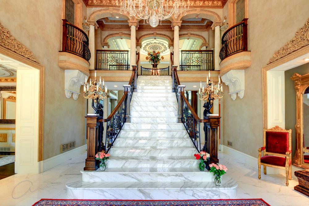 grand staircase1.jpg