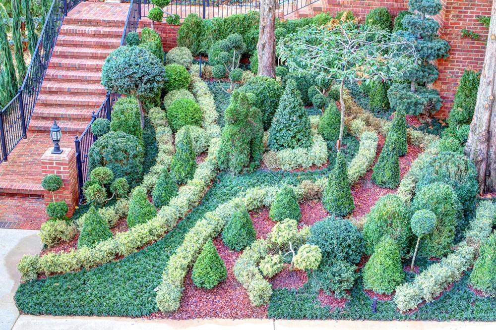 southeast topiary garden.jpg