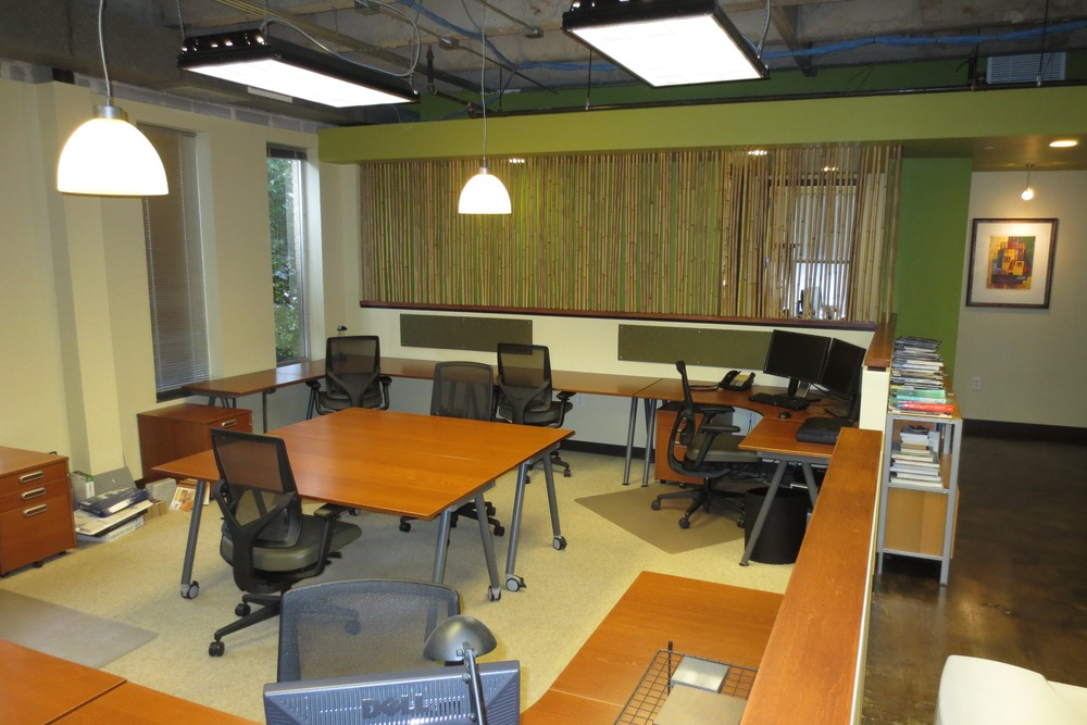 5 Available studio area or individual workstation areas.JPG