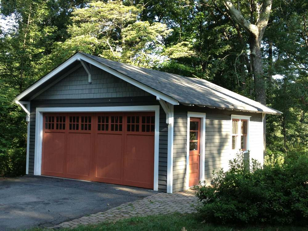 198Maple.Garage.jpg