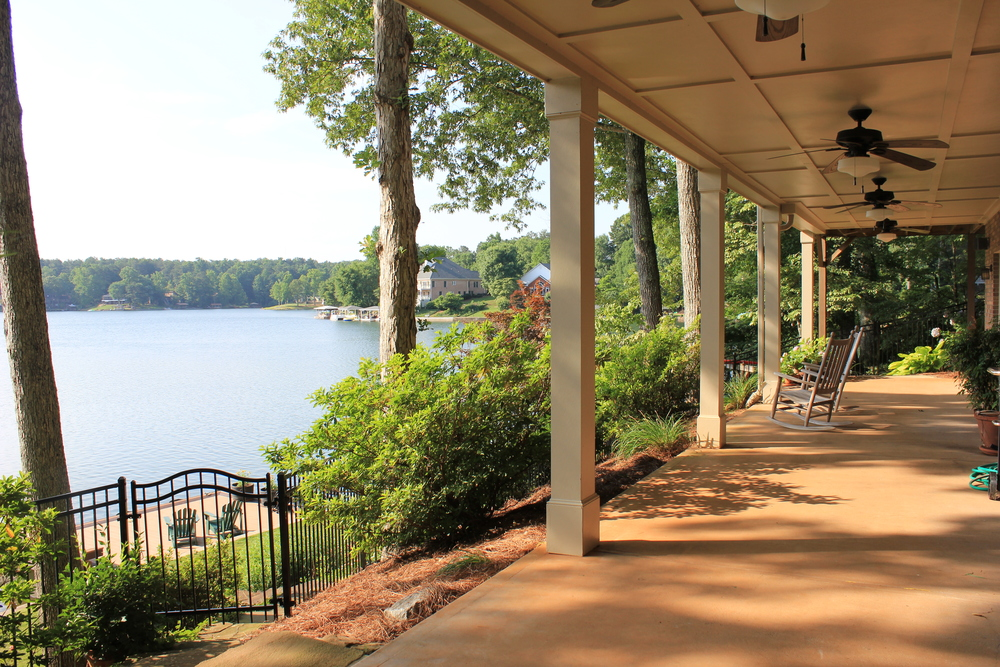 5 covered porch lakeside.JPG