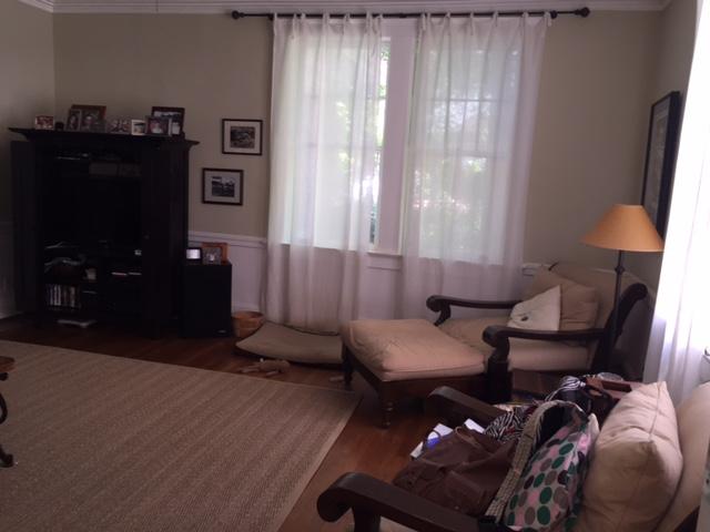 TV Room4.JPG