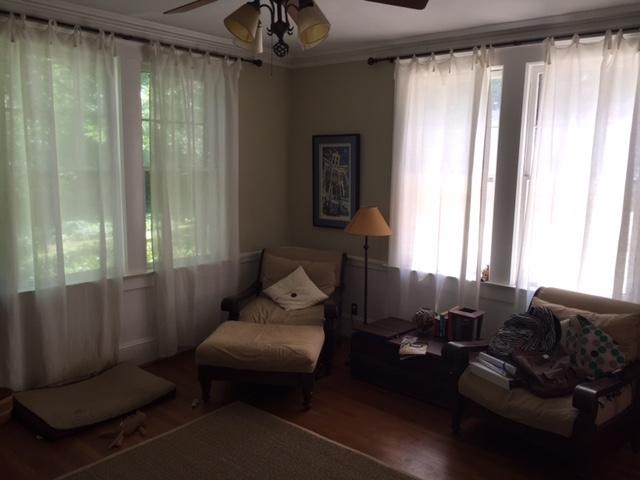 TV Room5.JPG