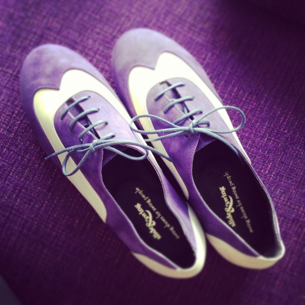 Modelo Texas Tommy purple / white