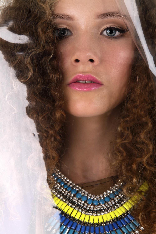 Photography: Alissa Corbett Model: Meremaihi@ Kirsty Bunny Management Makeup & Hair: Kelly Manu