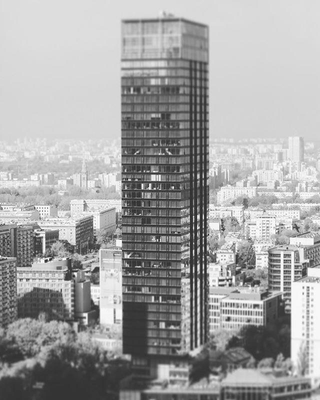 #smallcitylife #skyscrapers #nowawarszawa #jankarol_com #tiltshift #warszawa