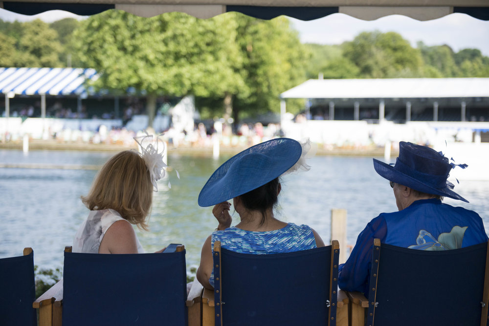Ladies doing Henley - Photo credit Annabel Vere