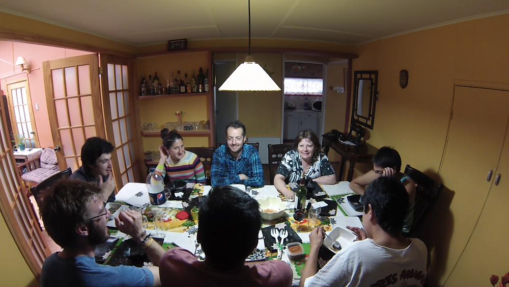 Dinner withla familiaat Oscar's house