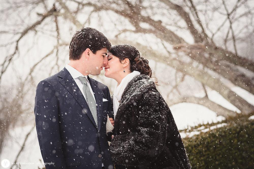 13-bride-and-groom-in-snow.jpg