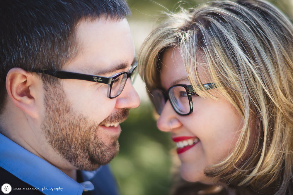 Engagement-shoot-couple—with-glasses-close.jpg