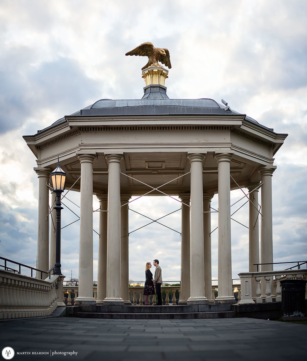 engagement photo couple at Fairmount Waterworks
