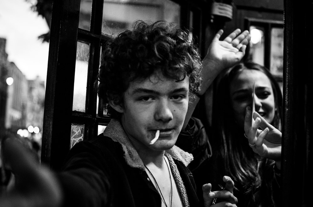 London|Kids smoking|4399|July 19, 2012.jpg