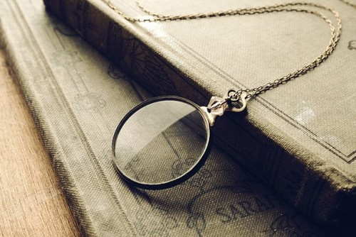 vintage-monocle-necklace-130307-530-354_large.jpg