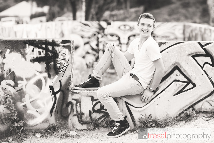 matthew senior portraits-8239.jpg