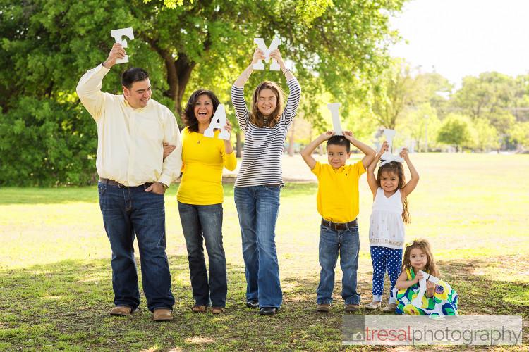 rodriguez family (6 of 34).jpg