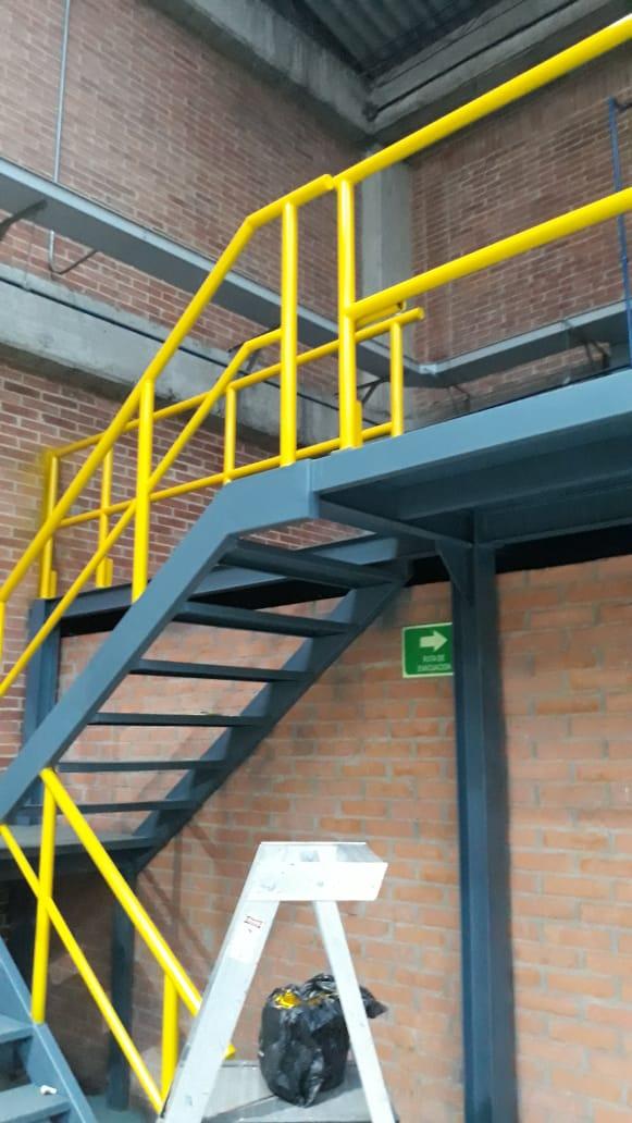 fabricacion mezzanine (2).jpeg