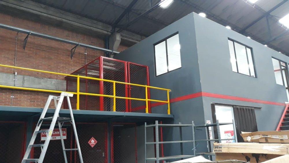 fabricacion mezzanine (3).jpeg