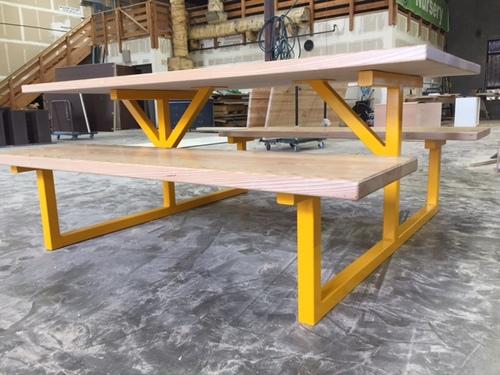 CGL Interiors - Metal base picnic table