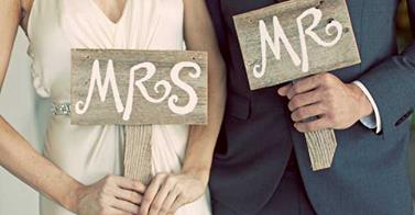 Mr&Mrs sign.jpg