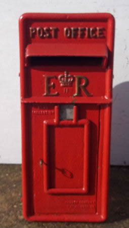 Red Postbox.jpg