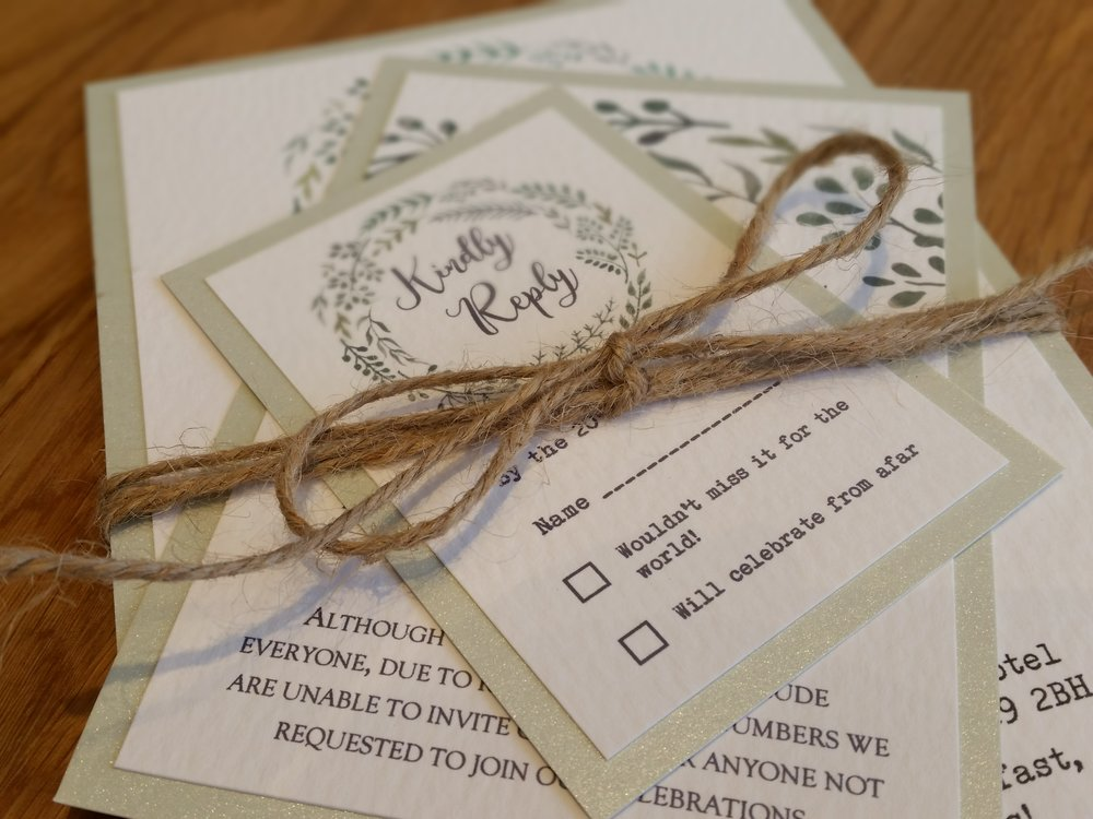 Maggie- floral flower wreath rustic edding invitation (12).jpg