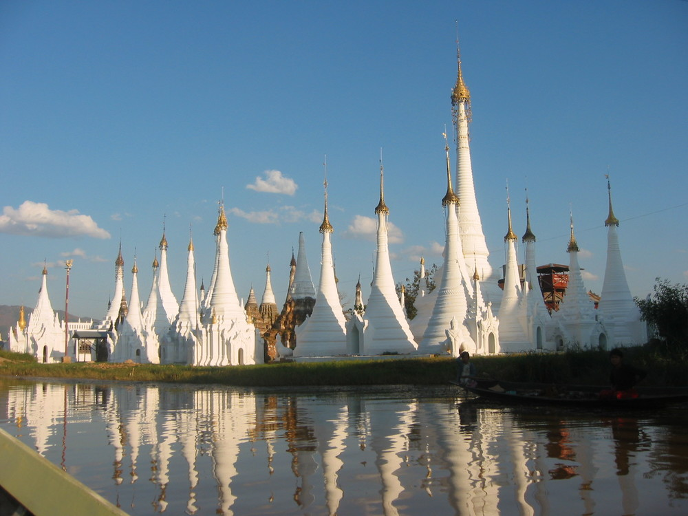 inle stupas by water.JPG