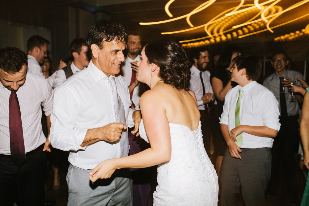 harbour-banquet-hall-oakville-wedding-photographer-michael-rousseau-photography-persian-wedding-photographer-isabella-daniel060.JPG