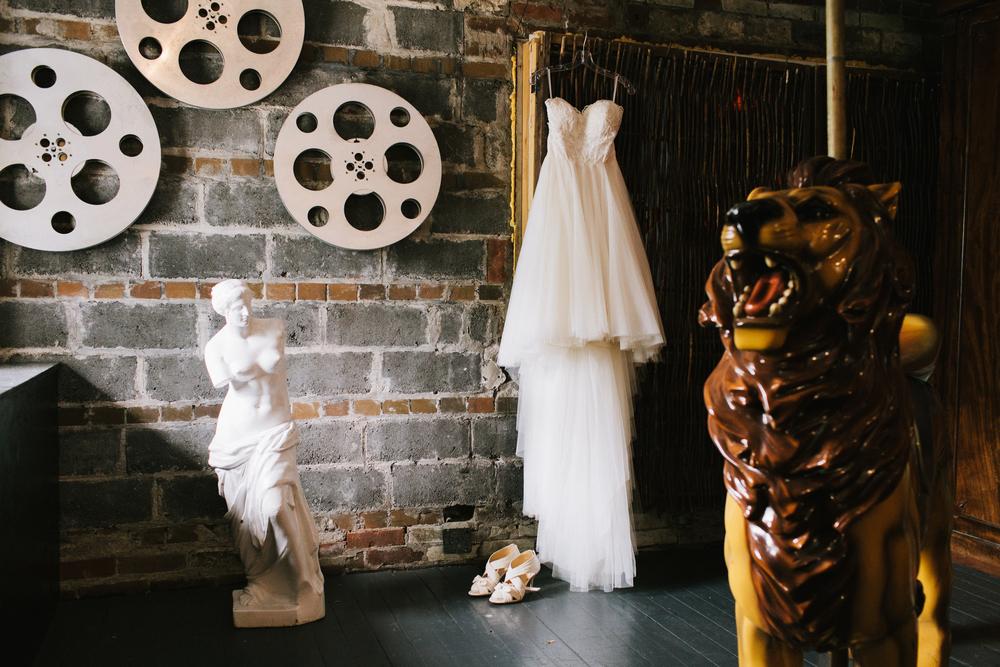 Berkeley-field-house-wedding-nicola-ken-018.jpg