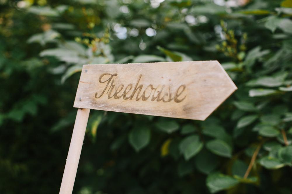Berkeley-field-house-wedding-nicola-ken-039.jpg